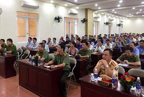 Khai giảng lớp huấn luyện cho gần 200 nhân viên bảo vệ CQDN